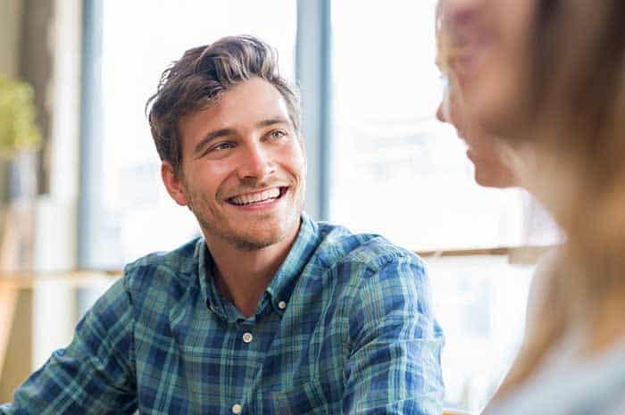 Как познакомиться на сайте знакомств с девушкой