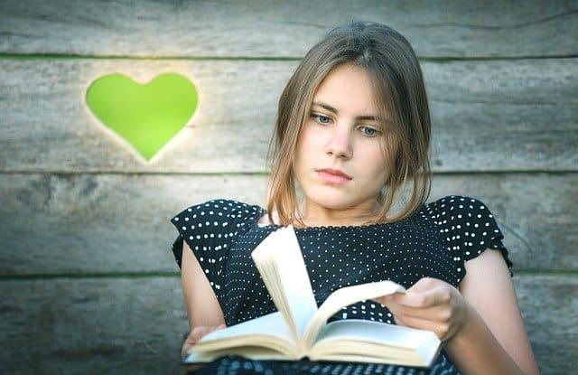 Книги, которые должна прочитать каждая девушка