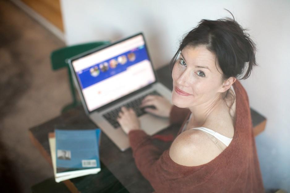 Плюсы и минусы бесплатных и платных сайтов знакомств