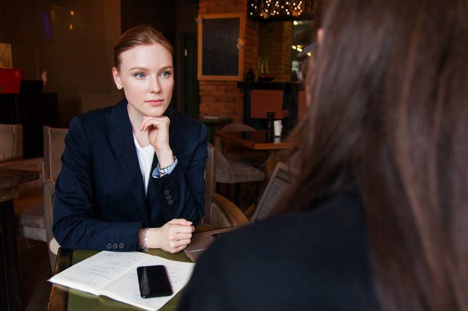 Знакомства в сети: советы семейного психолога